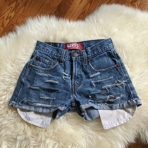 Vintage Levi's distressed cutoff jean debim shorts